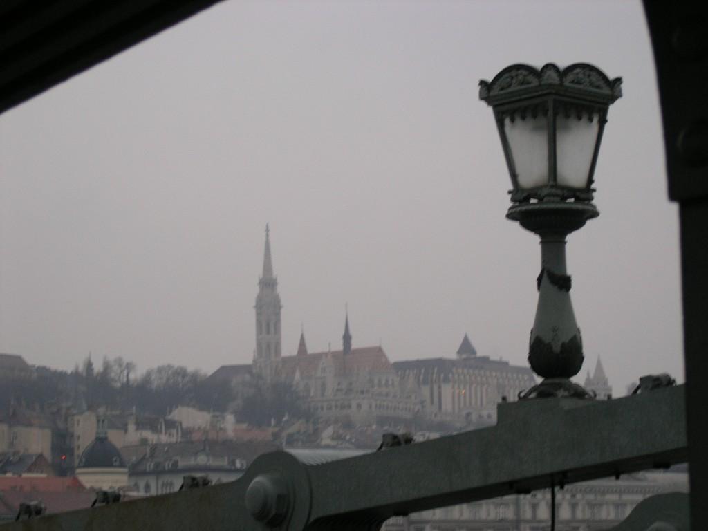 Szechenyi Lanchid, View of the Buda's part